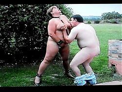 Slut Suzisoumise enjoying fun with a friend.