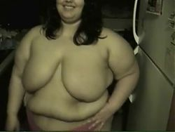 BBW Mexican shows off her body
