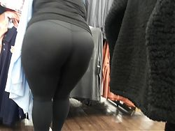 Beautiful big black ass.