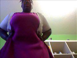 Classy Ebony BBW's Upskirt!